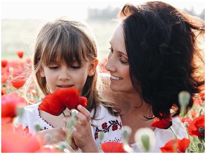 Анастасия Цветаева рассказала, как вырастить из ребенка билингва
