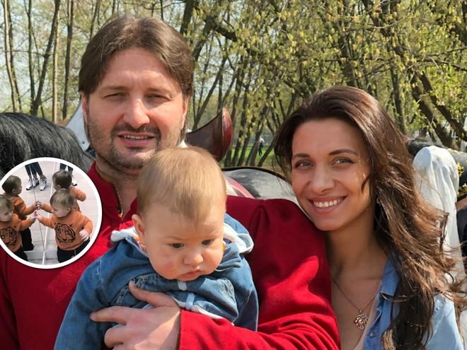 Повеселил: годовалый сын Запашного увидел себя в зеркале