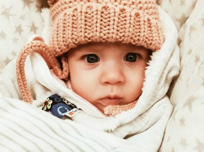 10 фото с новорожденными, которые трогают до слез