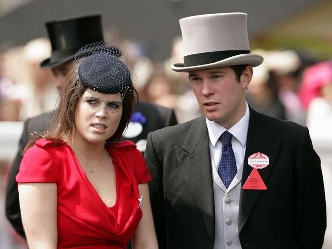 Дочь Робби Уильямса пригласили на королевскую свадьбу