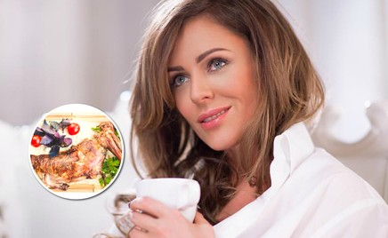 На горячее: Юлия Началова поделилась фирменным рецептом баранины с айвой