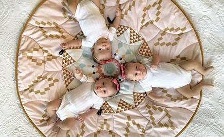 Трижды милота: мама тройняшек показывает их будни