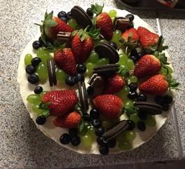 Тортик на праздник)))