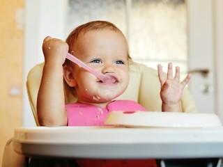 Миссия выполнима: как накормить ребенка овсянкой
