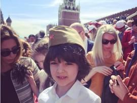 Пока Киркоров на Евровидении, дети празднуют День Победы