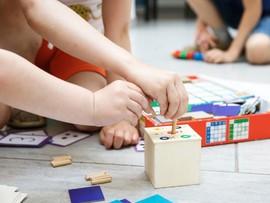 Развитие детей по методике Монтессори – тонкости и преимущества
