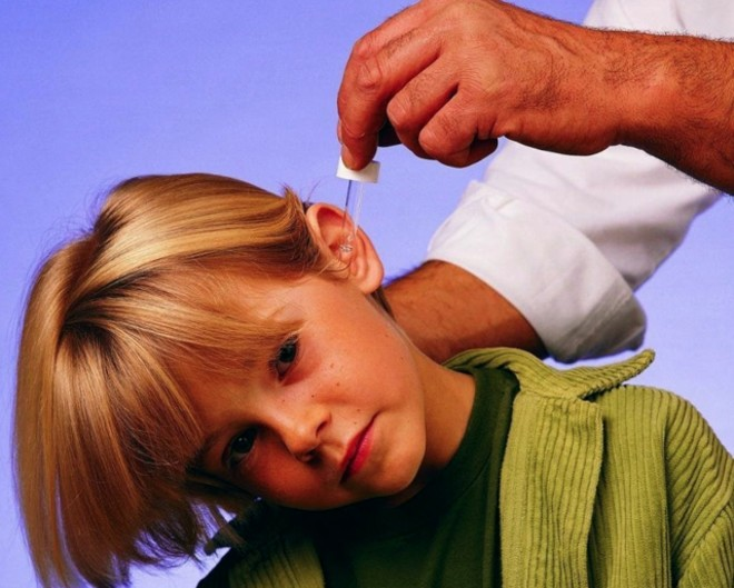 Как применяется борная кислота для ушей