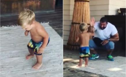 Приветливый малыш: сын Анны Седаковой танцует и заводит знакомства