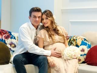 Сын! Регина Тодоренко и Влад Топалов впервые стали родителями