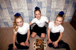 Тройняшкам по 9 лет