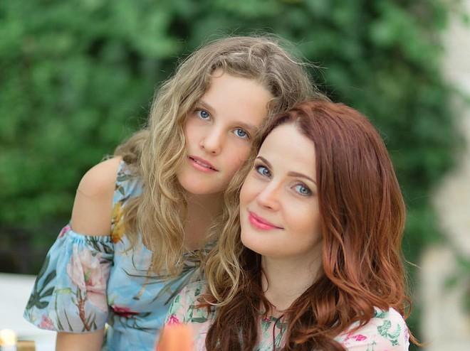 «Лучше бы мы завели еще одного кота»: Екатерина Вуличенко рассказала о реакции дочери на свою беременность
