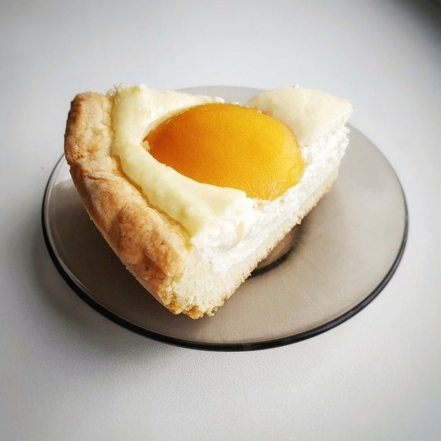 Пеку - творожный пирог с персиками (рецепт)