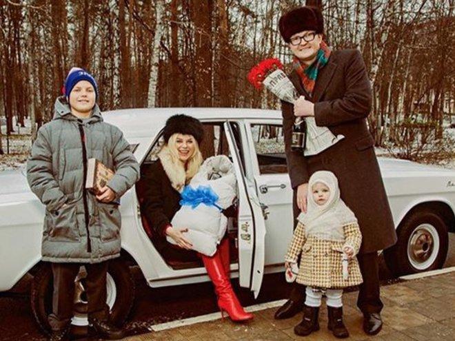 Липа Тетерич рассекретила пол ребенка
